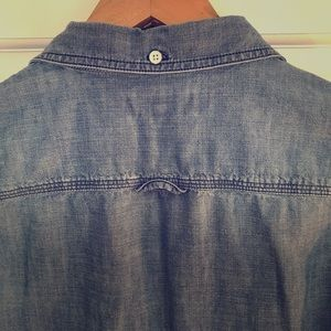 Lands End Canvas Chambray button up shirt